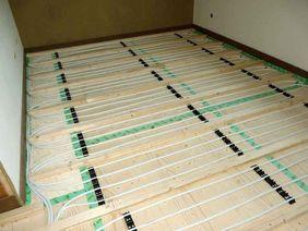Vorbereitungen für Lehmfußbodenheizung