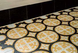VIA Terrazzoplatten mit Ornamenten