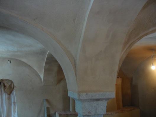 Gewölbe mit Lehmputz